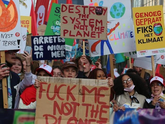Environ 25.000 personnes présentes à la Marche pour le Climat à Bruxelles (photos)