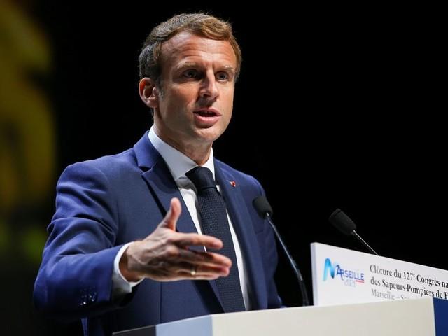 Pourquoi Emmanuel Macron lance les états généraux de la justice si tard