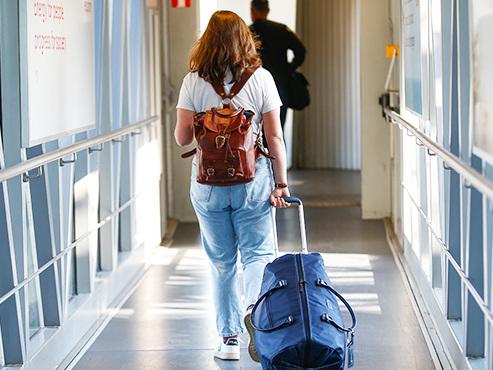 Coronavirus: les Affaires étrangères actualisent leurs avis de voyages
