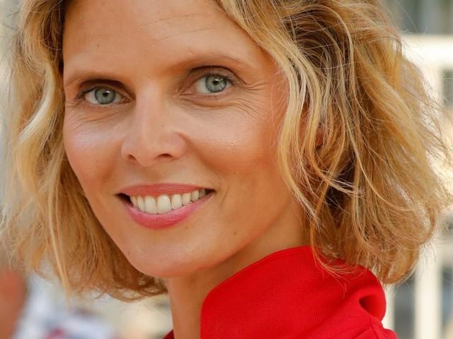 """Sylvie Tellier sur le cap des 40 ans : """"C'est la règle du jeu !"""""""