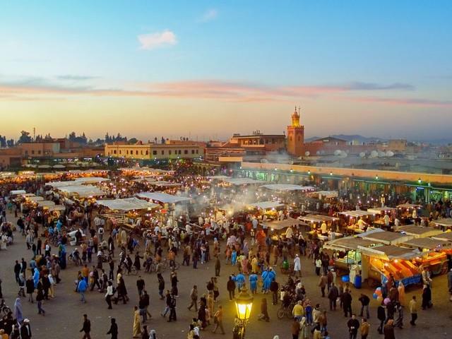 Tourisme de masse: 25% des touristes français prêts à renoncer à visiter Marrakech