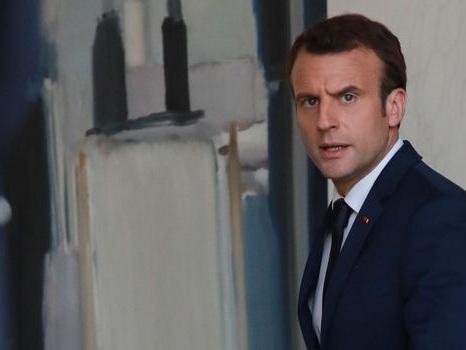 Popularité: Macron et Philippe en hausse de 2 points en avril