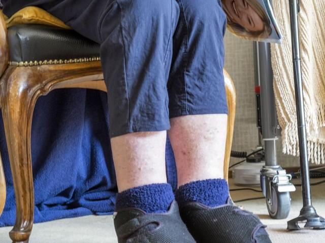 Une résidente d'une maison de repos tuée en France: interpellé, un octogénaire a été aperçu oreiller à la main près de la chambre de la victime