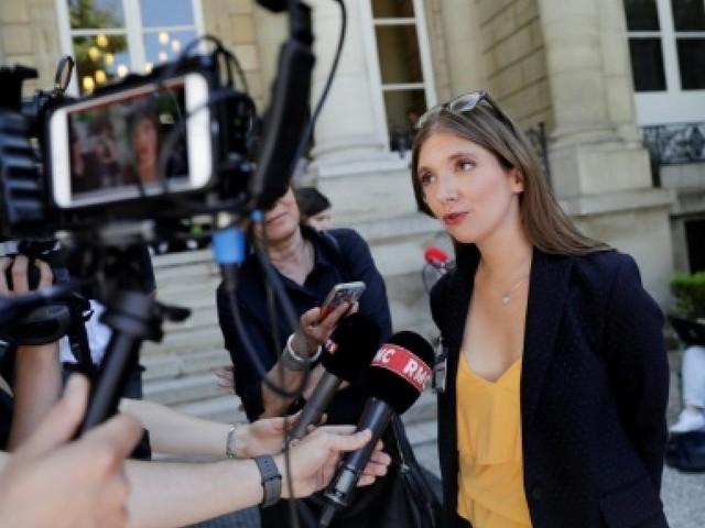 """Rôle de Brigitte Macron: Bergé (REM) soutient la """"transparence"""""""