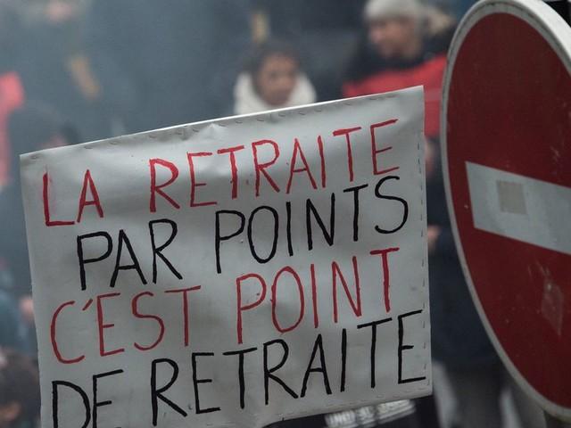 Chômeuse et senior, manifester contre la réforme des retraites c'est refaire partie de la société