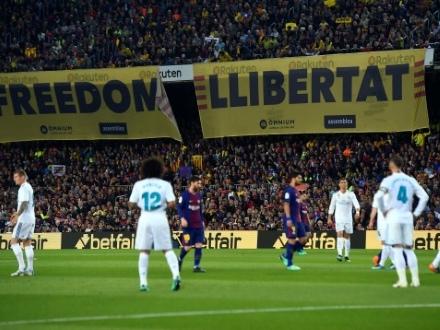 """Foot: le """"clasico"""" FC Barcelone-Real Madrid reporté au 18 décembre (Fédération)"""