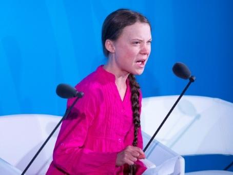 """Le """"Comment osez-vous?"""" de Greta Thunberg, grand moment du mouvement climatique"""