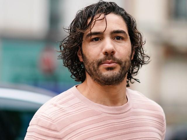 """Golden Globes: Tahar Rahim raconte le tournage intense de """"Désigné Coupable"""""""