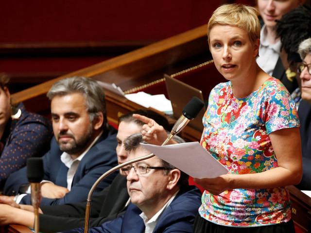 """La France insoumise vent debout contre la réduction """"technocratique"""" du nombre de parlementaires"""