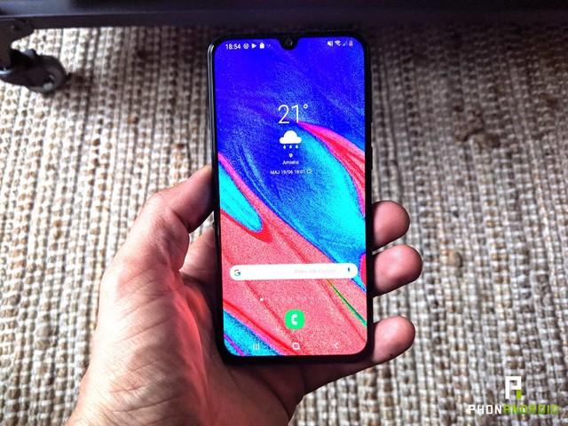 Test du Samsung Galaxy A40 : le bon smartphone compact et abordable existe encore