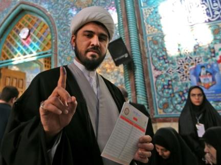 Législatives en Iran: les conservateurs en tête après les premiers résultats
