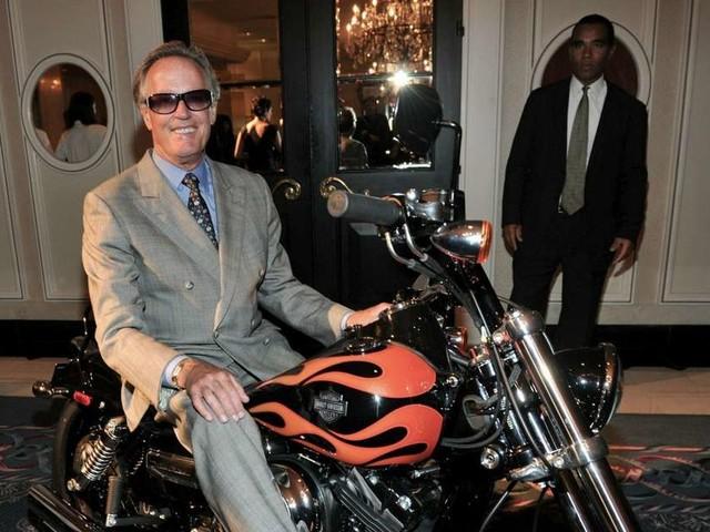 """L'acteur Peter Fonda, star du film """"Easy Rider"""", est mort à l'âge de 79 ans"""