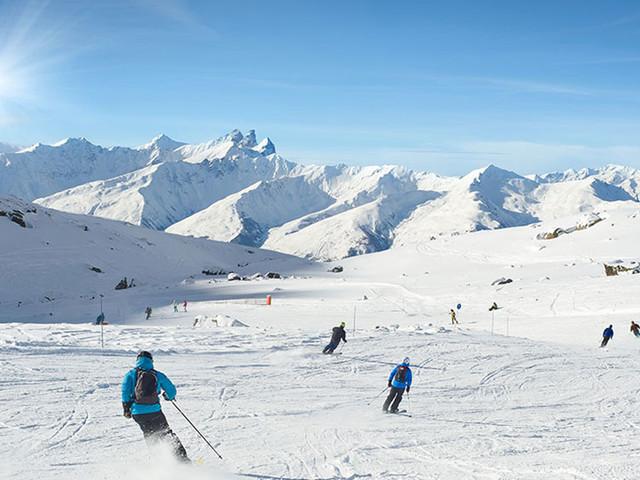 10 domaines skiables français qui vous donneront une irrésistible envie de dévaler les pistes