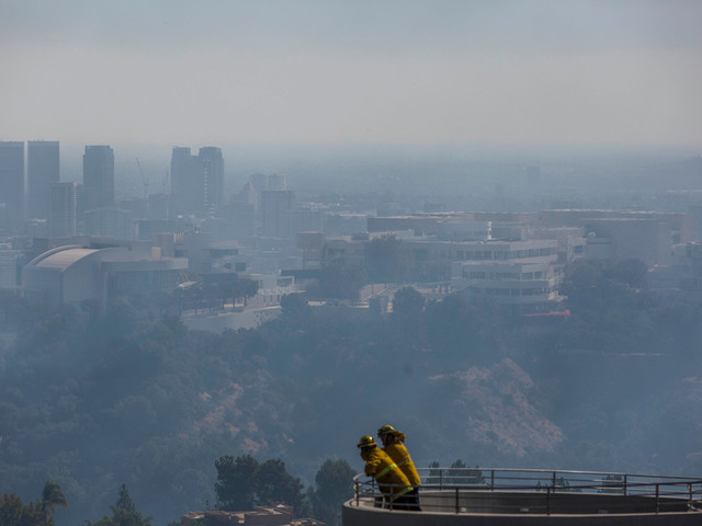 Les quartiers chics de Los Angeles touchés par des incendies