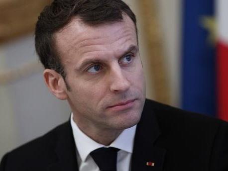 """""""L'Europe ne peut pas avancer si l'Italie n'en fait pas partie"""" : l'opération séduction d'Emmanuel Macron à la télévision italienne"""