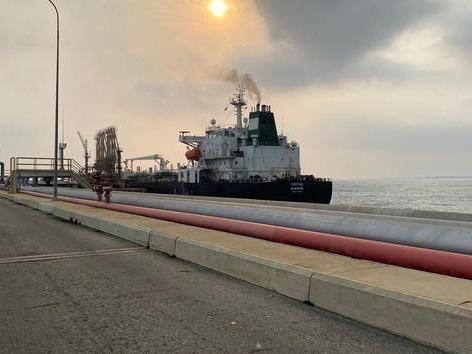 Le premier pétrolier iranien est arrivé au Venezuela