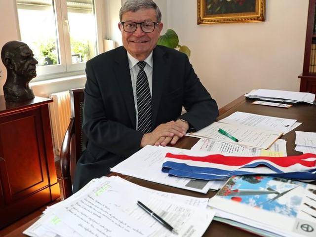 Le député LR alsacien Jean-Luc Reitzer plaide pour un retour à certains cumuls de mandats
