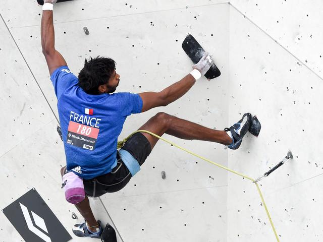 Escalade: les grimpeurs français s'accrochent à leur rêve olympique