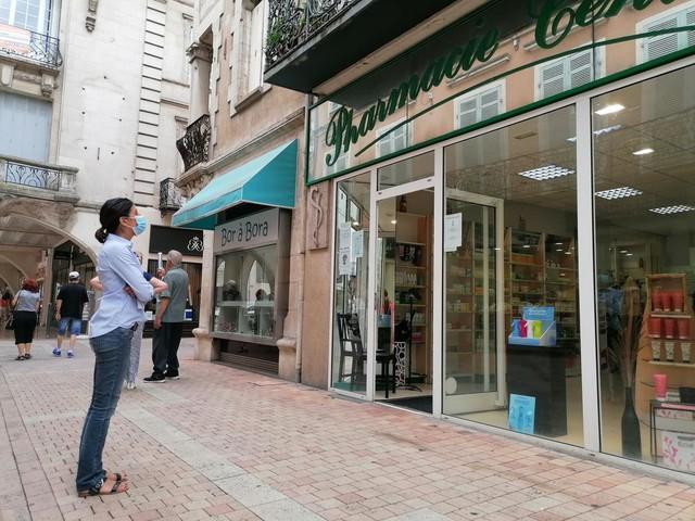 Villeneuve-sur-Lot: le cœur de bastide perd une deuxième pharmacie