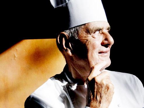 """Le célèbre chef Paul Bocuse, le """"pape de la gastronomie"""", est décédé à l'âge de 91 ans"""