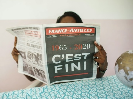 L'activité de France-Antilles prolongée pour permettre une offre de reprise par Niel