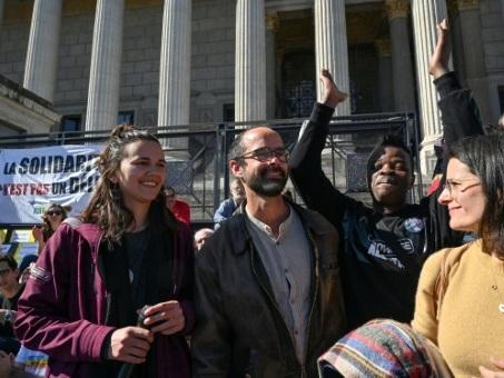 Aide aux migrants: le parquet général de Lyon se pourvoit en cassation contre la relaxe de Cédric Herrou