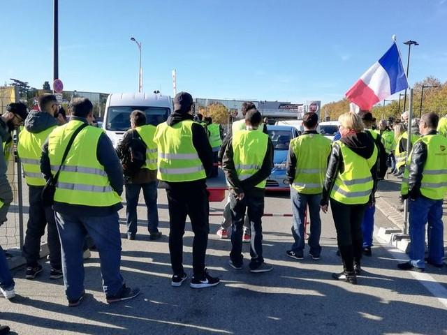 La préfecture interdit les rassemblements sur certains axes du Gard