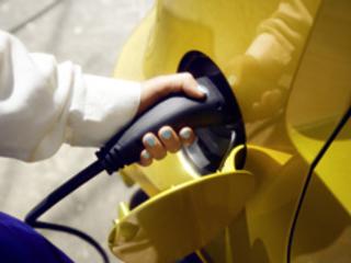 La mobilité électrique force progressivement sa voie chez les consommateurs Français