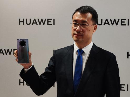 Privé de Google, Huawei pourra-t-il installer Facebook, WhatsApp et Instagram sur sa solution de remplacement ? Un président nous répond