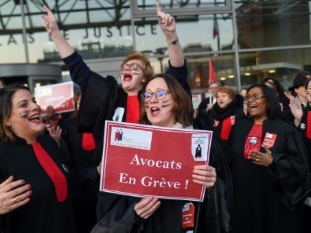 """Le fonctionnement de la justice """"durablement désorganisé"""" par la grève des avocats (hauts magistrats)"""