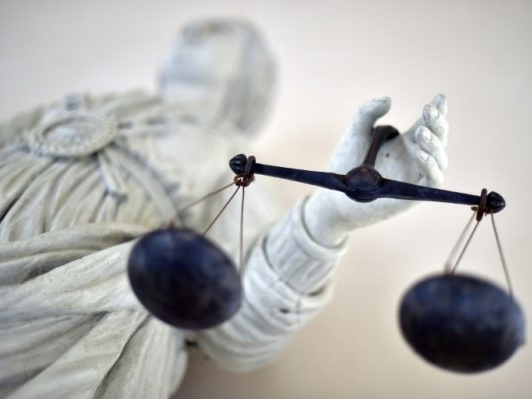 Total au tribunal jeudi, assigné par six ONG pour ses activités en Ouganda