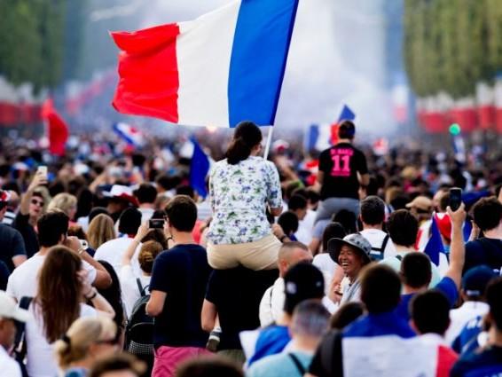 Coupe du Monde 2018 - Bleus: Quel est le sentiment des Français au lendemain de la victoire?