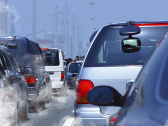 Fous du volant : flashé à plus de 100 km/h en ville, il perd son permis et sa voiture