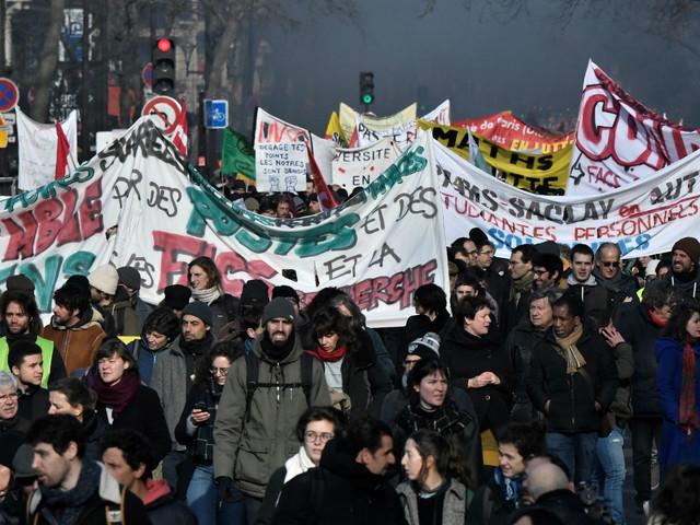 Grève contre la réforme des retraites : la CGT annonce entre 350.000 et 400.000 manifestants à Paris