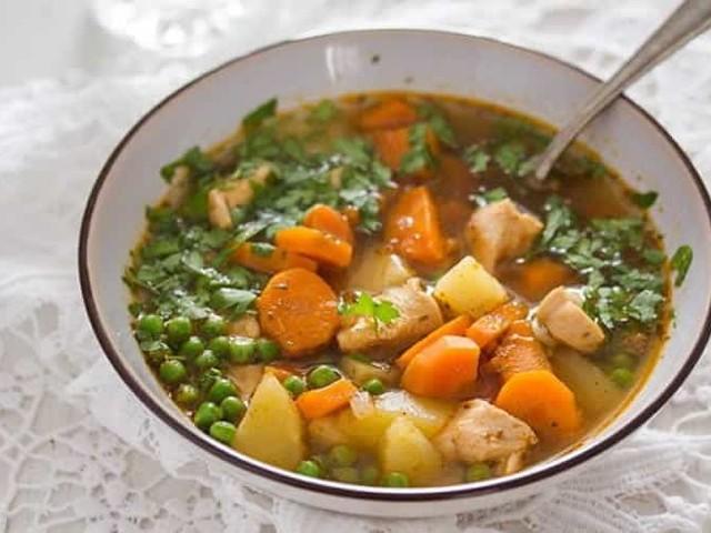 Poulet aux carottes et petit pois au cookeo
