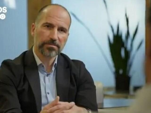 """Le patron d'Uber compare la mort de Khashoggi à """"l'erreur"""" des voitures autonomes"""