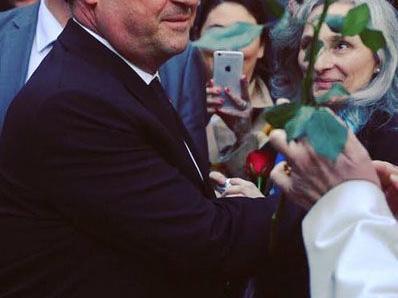 François Hollande : Il fait la promo du tournoi de sixte d'un club local de Corrèze
