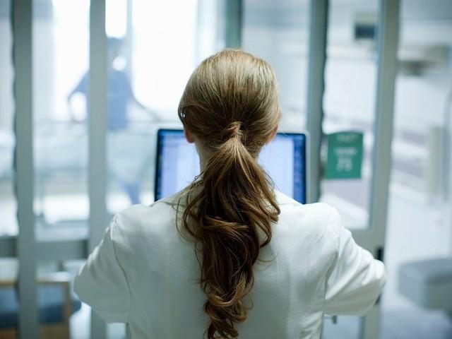« Tu es de garde avec moi ce soir ? » : face au harcèlement, le témoignage d'une externe en médecine