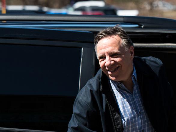 «Un bon père de famille»: au Québec, le Covid-19 propulse le Premier ministre Legault