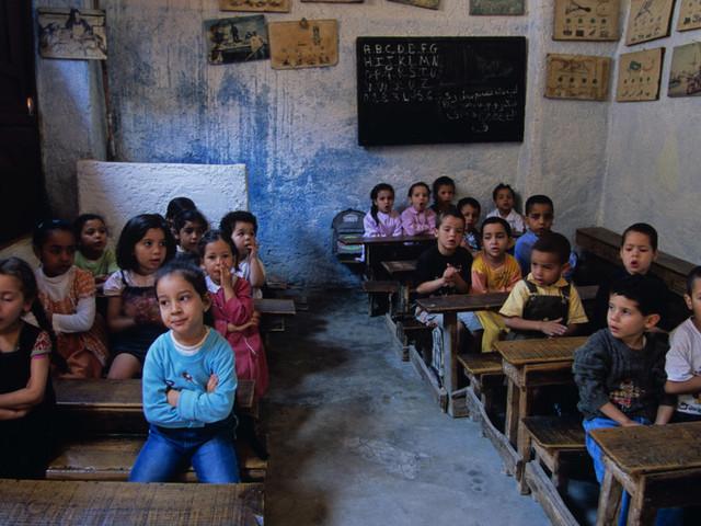 Écoles sans eau ni électricité, abandon scolaire... Le rapport accablant de la Cour des comptes