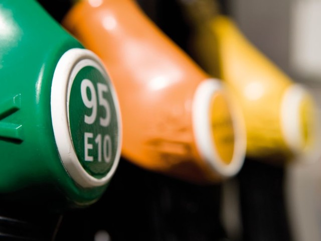 """Pénurie de carburants à cause des grèves? """"Aucune inquiétude"""", martèle le gouvernement"""