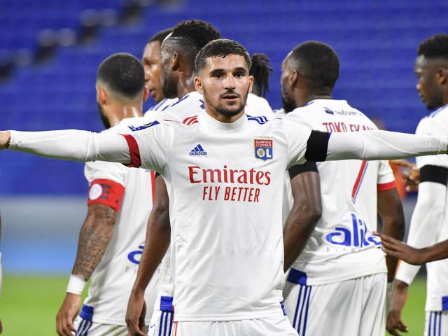 Foot : impitoyable face à Monaco, Lyon continue de remonter au classement de la Ligue 1
