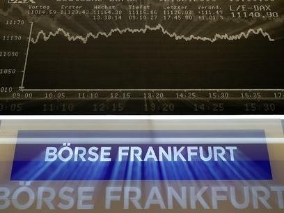 """Les Bourses européennes pas convaincues par l'accord de Trump avec la Chine ni par les """"avancées"""" sur le Brexit"""