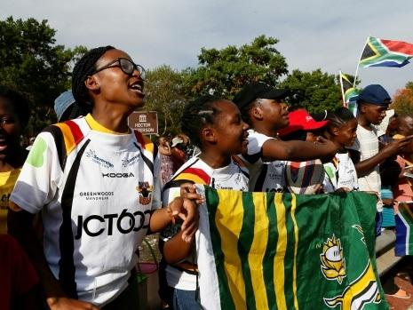 Avec les Springboks, les rugbywomen de Soweto se sentent pousser des ailes