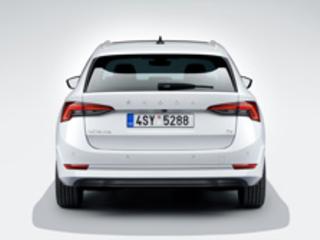 La Skoda Octavia iV Combi embarque une motorisation plug-in hybride de 204 ch
