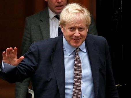 Brexit: Johnson met la pression sur les travaillistes pour obtenir des élections