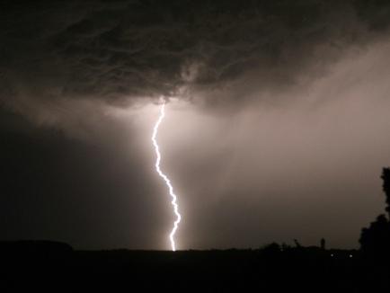 Météo: le Gard passe en vigilance rouge pour risques d'orages et d'inondations
