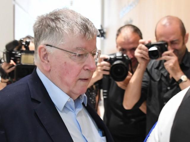 Les ex-dirigeants de France Télécom condamnés à 4 mois de prison ferme