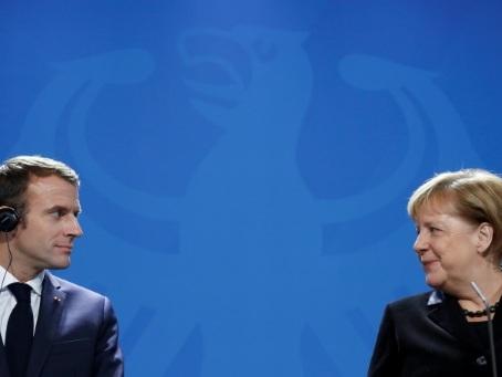 Paris et Berlin signent un nouveau traité en forme de message pro-européen