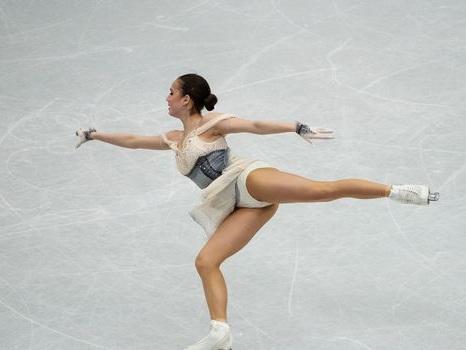 Patinage artistique: Zagitova en or, première historique pour Tursynbaeva